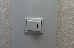 壁スイッチコンセント