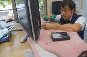 テレビ修理をしています